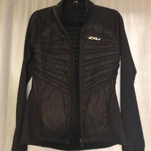 2XU Women Xvent Momentum Jacket Black/Black